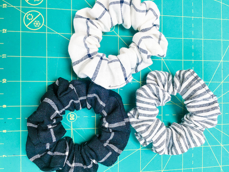 Sew Your Own Scrunchies: Fri-yay Weekly Demo!